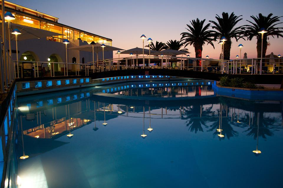 Free photo hotel pool swimming pool free image on - Luxury scottish hotels with swimming pools ...