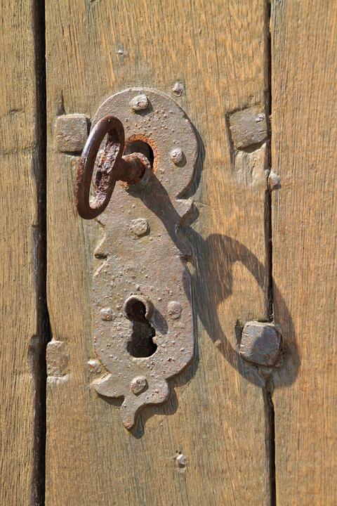 Free photo key key hole stainless iron free image on for Classic house keys