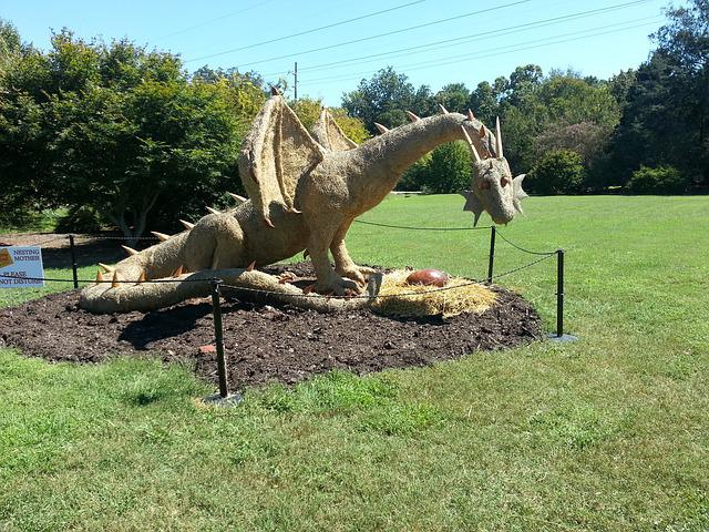 Wonderful Free Photo: Dragon, Garden, Haybale, Nature   Free Image On Pixabay   423569