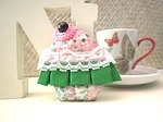 cupcake, brooch, fabric