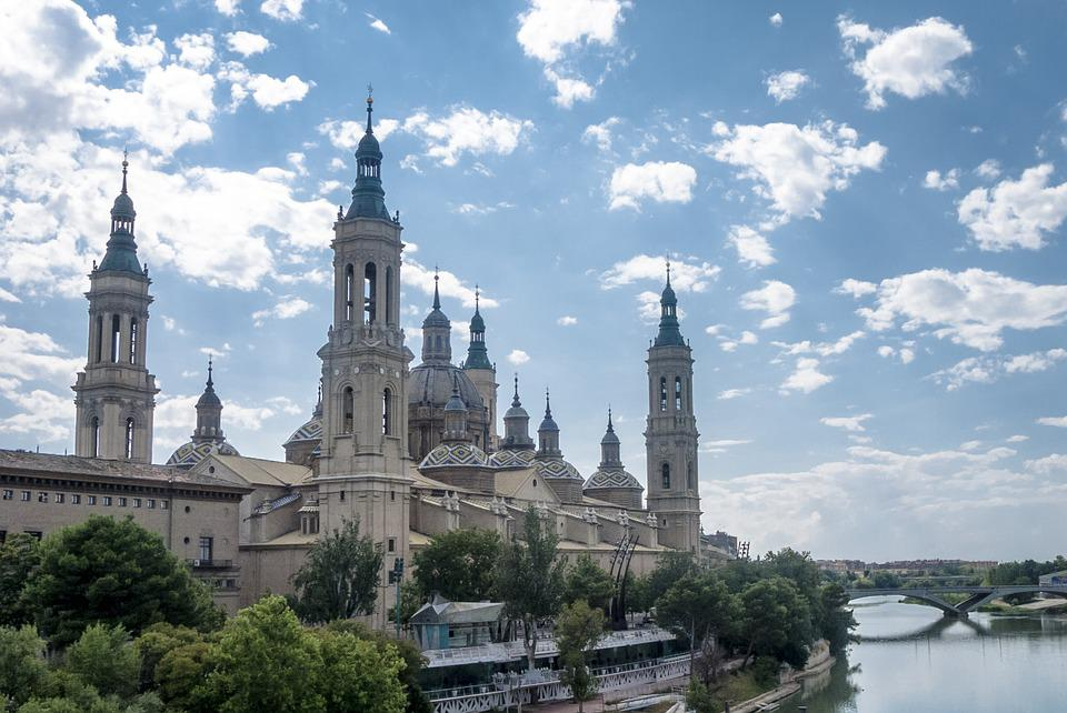 Zaragoza, Ebro, Nubes, Basílica, Iglesia, Templo