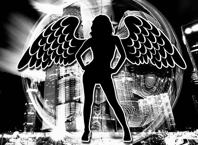 Силуэт девушки ангела