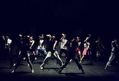 ダンス, 人物, 演劇舞台, 独白