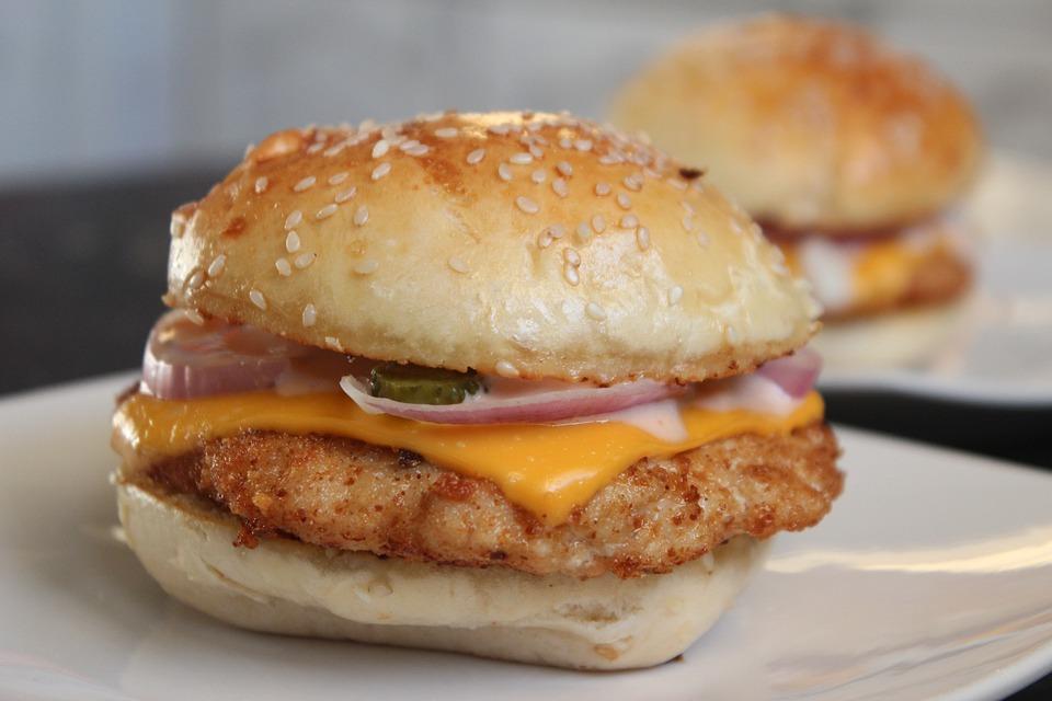 サンドイッチ, ファーストフード, ハンバーガー, 昼食, 不健康です, チーズ, パン, 肉