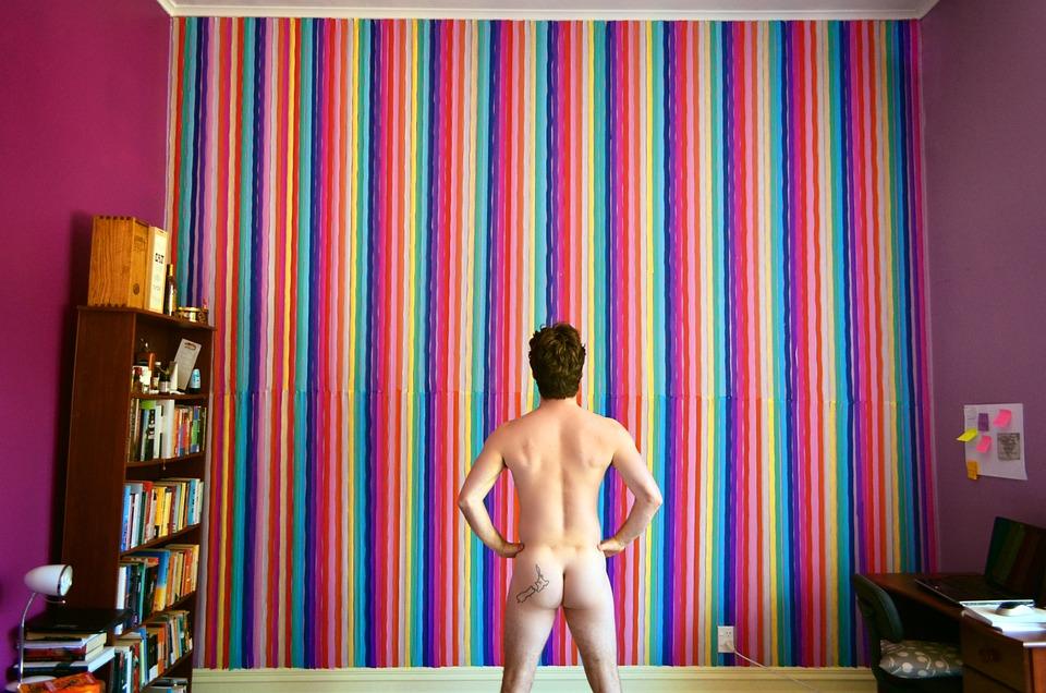 nackt mann arsch zeigen