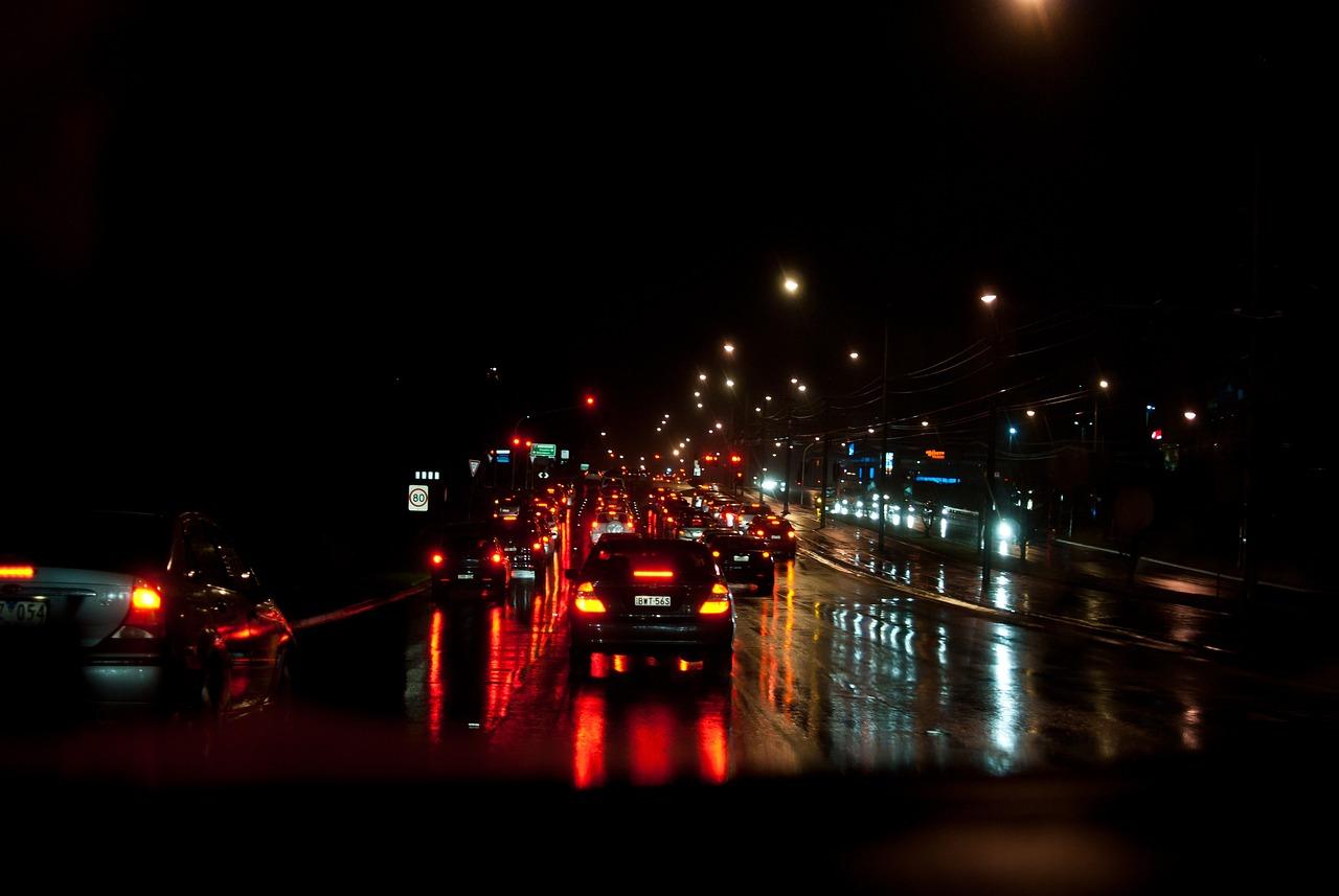 отметить, фото ночной дождливой москвы за рулем после