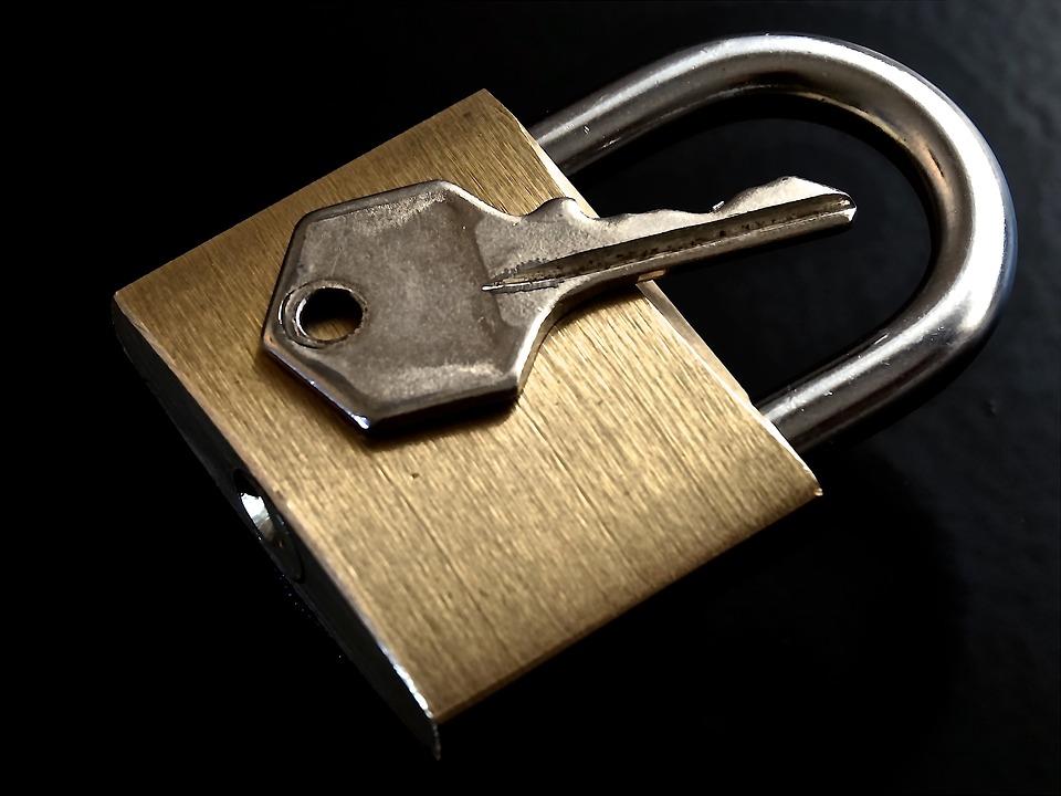 联通用户办理宽带被客服套路续费业务险变招联网贷