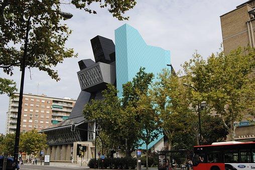 Fachada del Museo Pablo Serrano Zaragoza