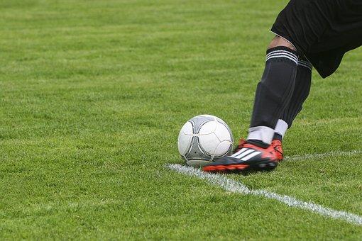 Fútbol, Bola, El Deporte, Jugar, Verde