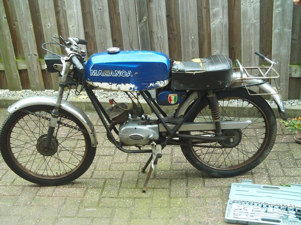 Altes Moped Italien S R L Kostenloses Foto Auf Pixabay