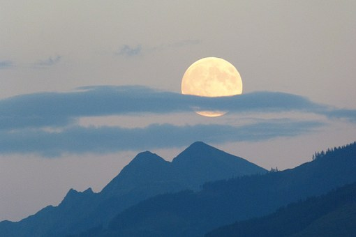 Full Moon, Moon, Super Moon, Cloud Plume