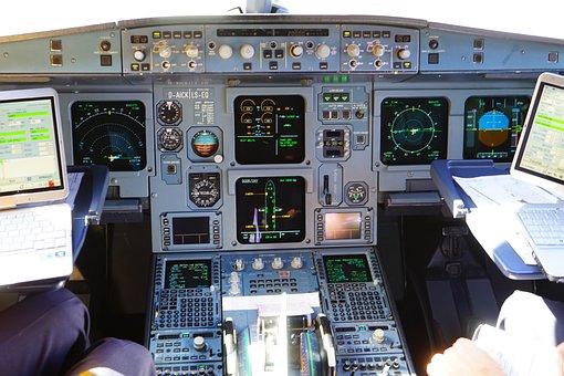 500+ Free Cockpit & Pilot Images - Pixabay