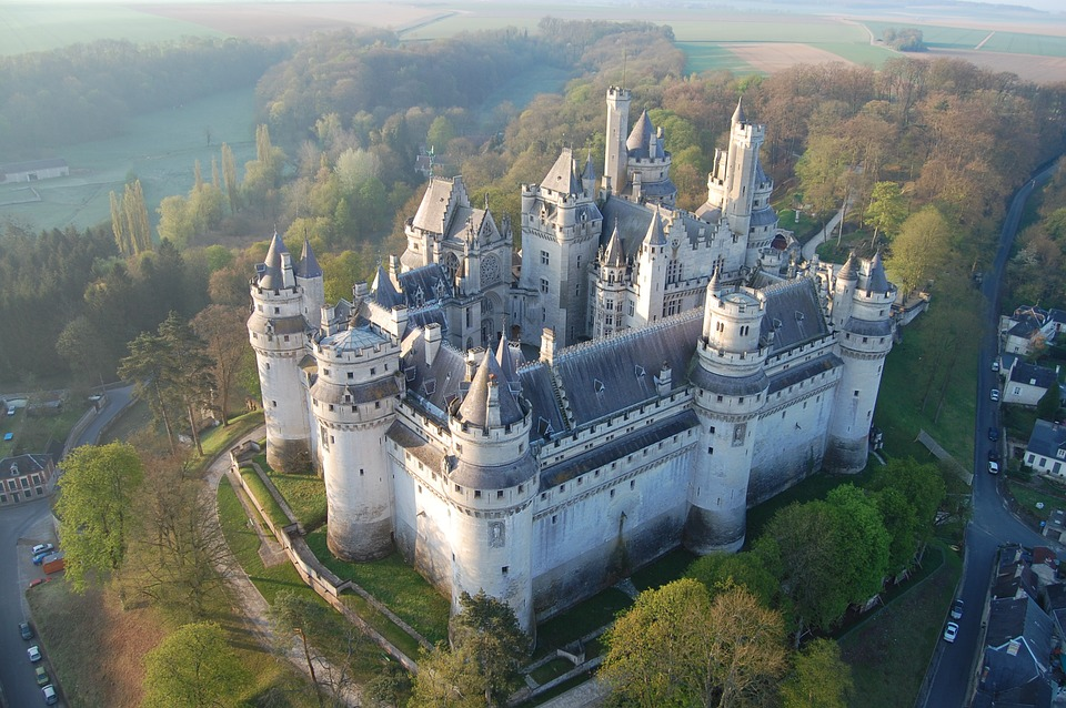 Free photo pierrefonds castle aerial view free image on pixabay