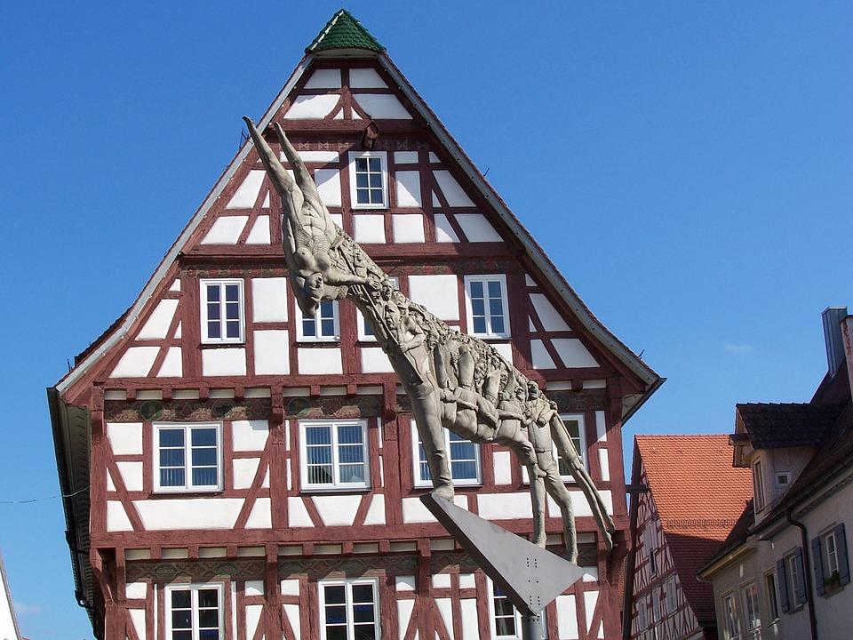 ハーフティンバー 家 ドイツ 建物 アーキテクチャ
