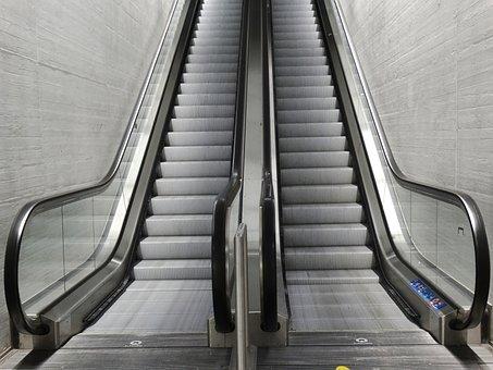 Escalator Rise Top Climbing Aid Movement T