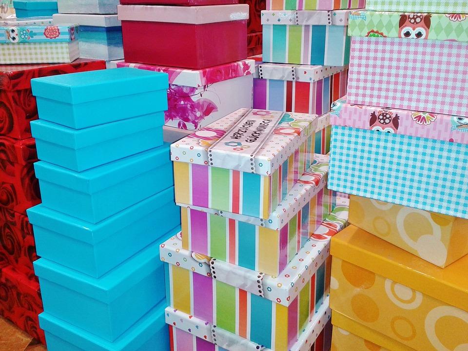 Cajas de regalo foto gratis en pixabay for Cajas de carton decoradas