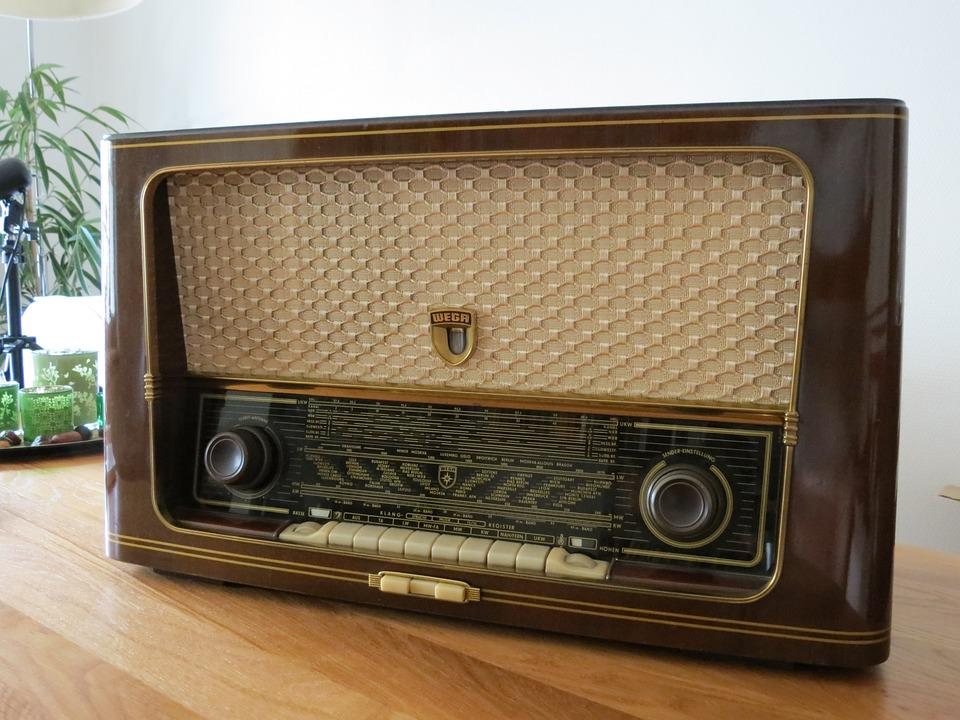 old radio free images on pixabay