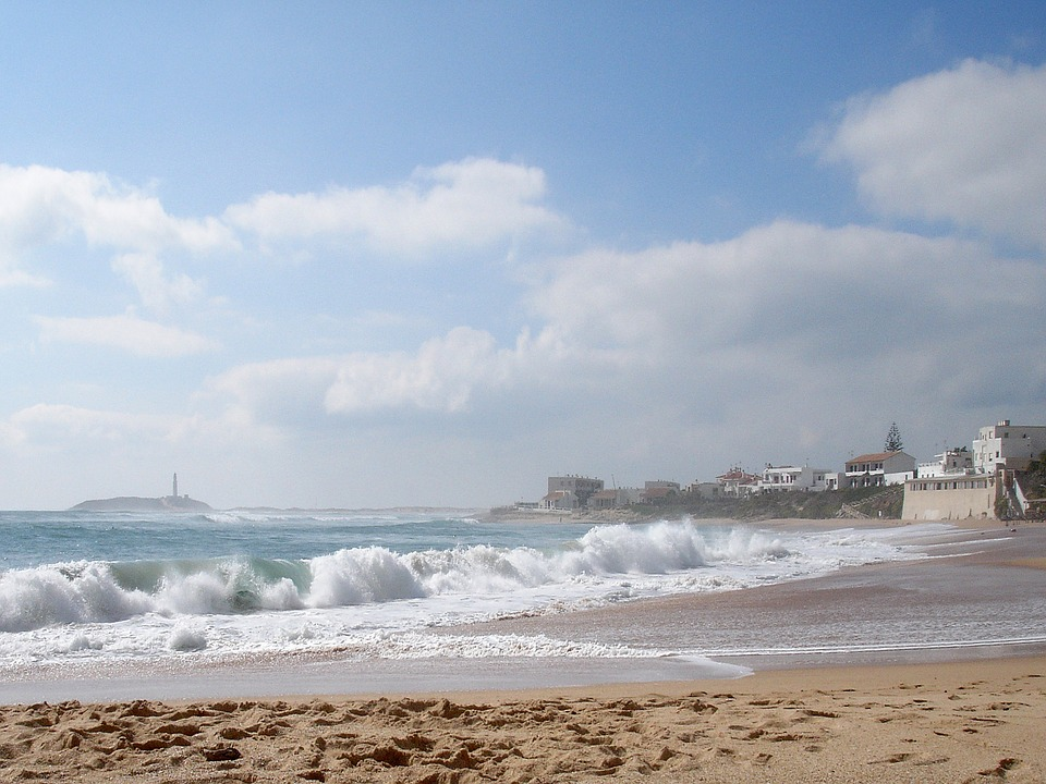 España, Trafalgar, Playa, Arena, Nubes, El Agua, Ola