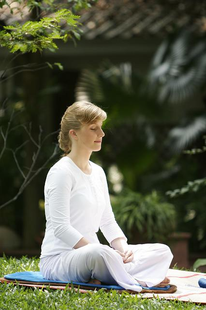 Free Photo Woman Buddhist Meditate Wat Free Image On