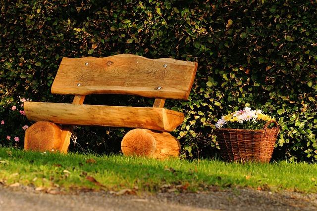 Sitzbank Holz Sitzgelegenheit Kostenloses Foto Auf Pixabay