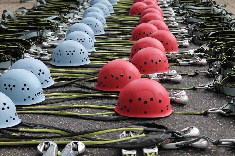 Kletterausrüstung Baum : Kletterhelme kletterausrüstung · kostenloses foto auf pixabay