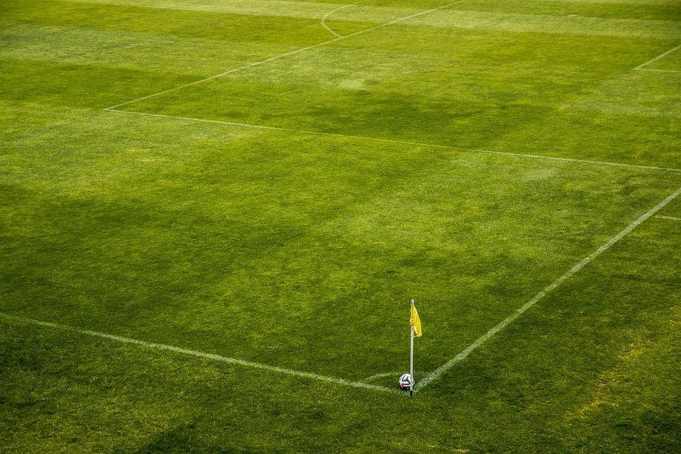 Míč, Stadion, Roh, Corner, Korner, Vlajka, Fotbal