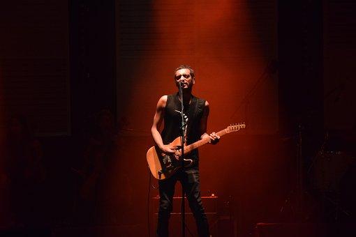Gitarr, Sångare, Konsert, Show Vagga
