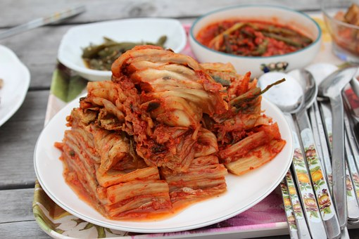 Countryside Dining Table, Kimchi