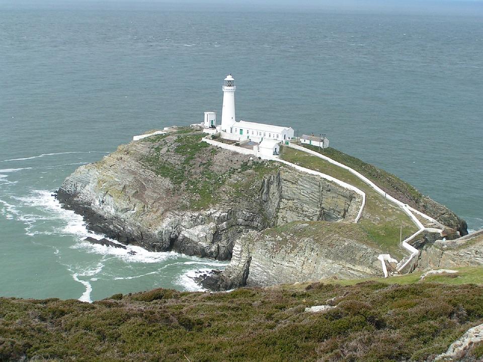 灯台 アングルシー島 海岸 · Pix...