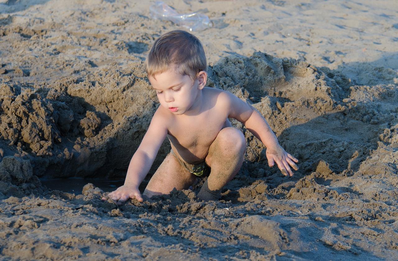 Найти Маленьких Голых Малышей
