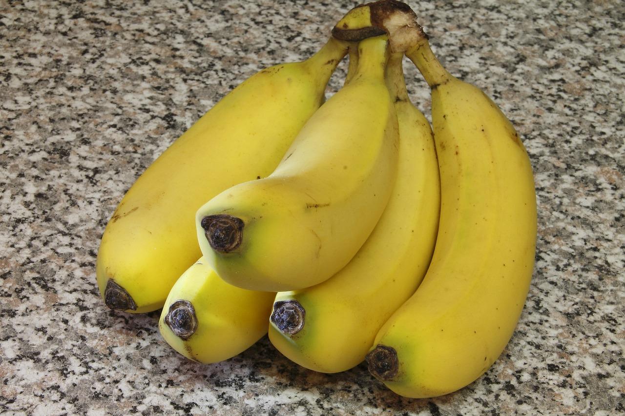 живой банан фото дома отели