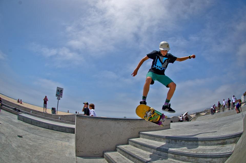 Skateboard, Skate Park, Pattinatore, Ragazzo, Half Pipe