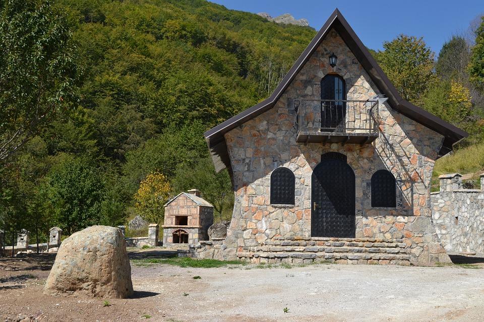 Case In Pietra Di Montagna : Case in pietra e legno rustic exterior other by alessio