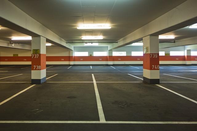Free photo multi storey car park park flat free image for Cepos para plazas de garaje
