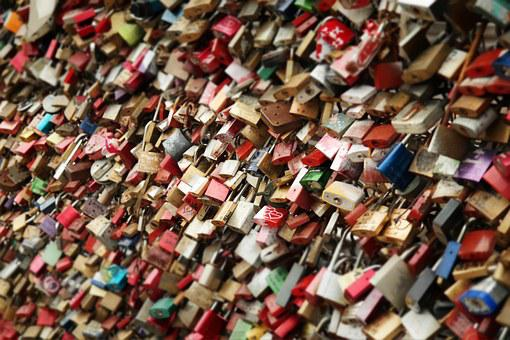 Castle Love Love Locks Loyalty Padlocks Pr