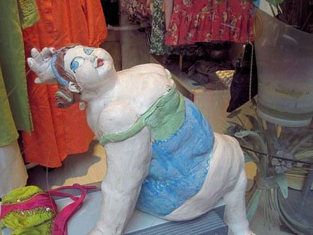 Heavy Lady, Clay Sculpture, Shop Window