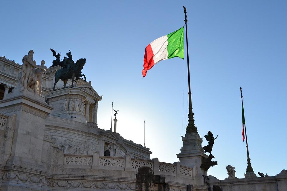 イタリアと周辺国のコンセントタイプ・必要なコネクタ