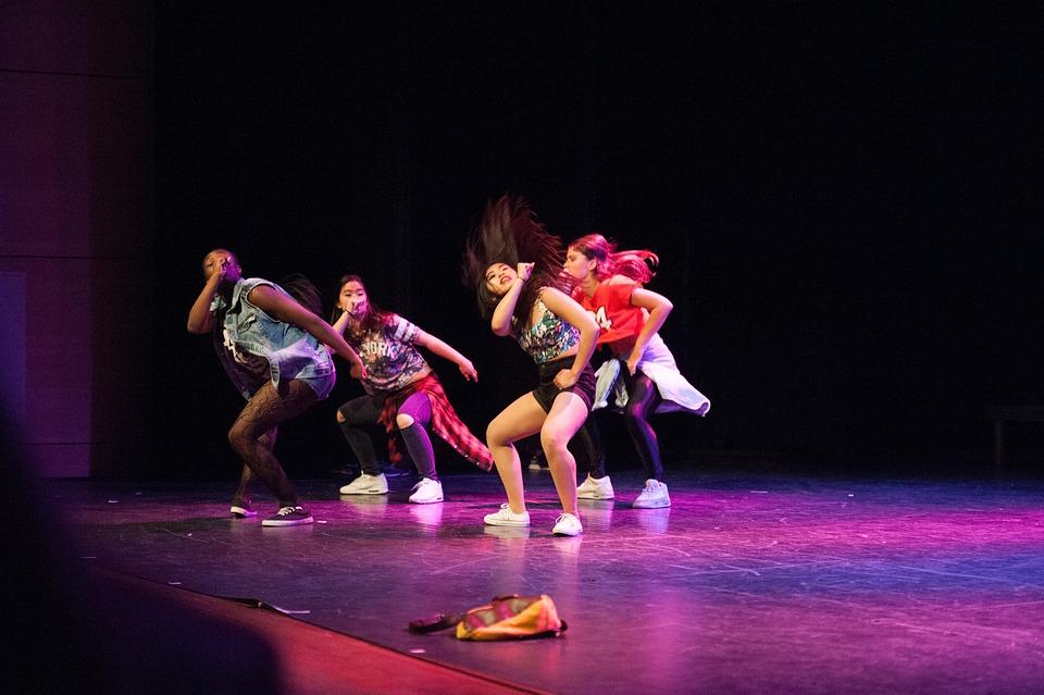 Academia de ballet en latex - 1 8