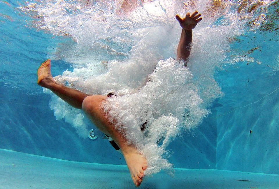 Pool Splash Cannonball free photo: pool, swimming pool, swim - free image on pixabay - 519453