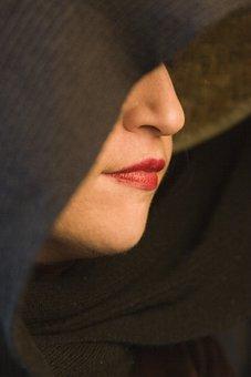 女性, セクシーです, 顔, 口紅, クローク, 意地の悪い女, フード付き