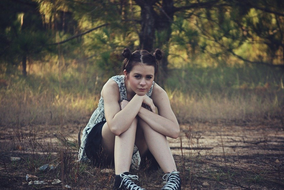 Free Photo Girl Sitting Grass Young Woman Free