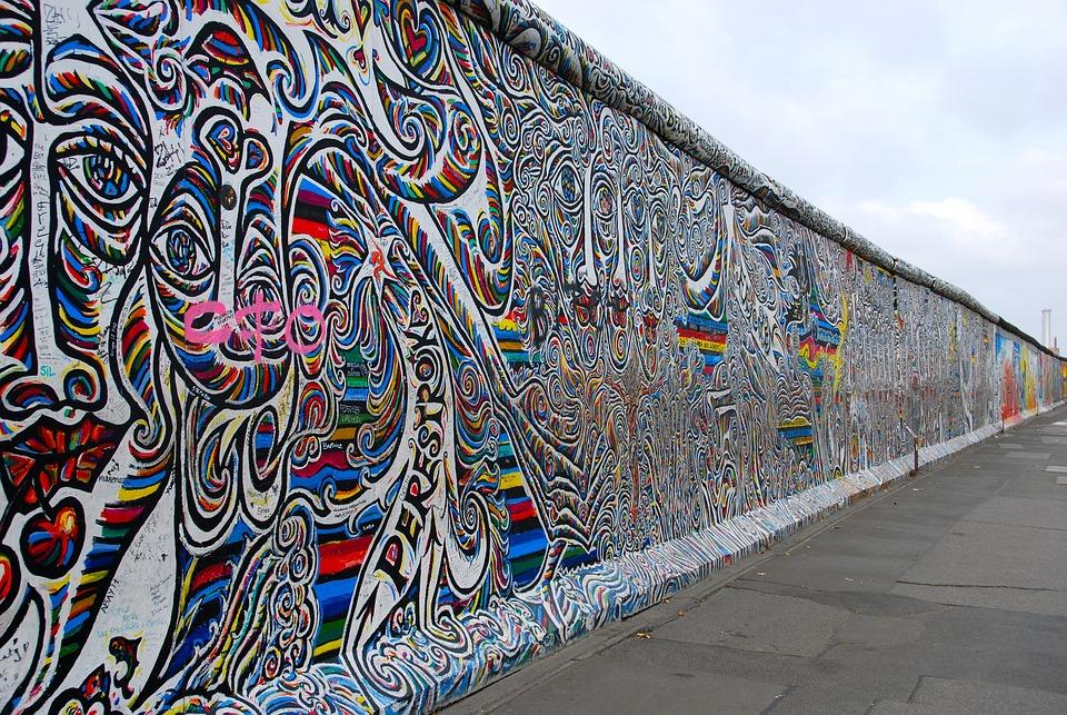Gratis foto berlijnse muur graffiti gratis afbeelding for Immagini graffiti hd