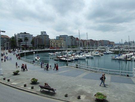 Vista panorámica Puerto Deportivo de Gijón