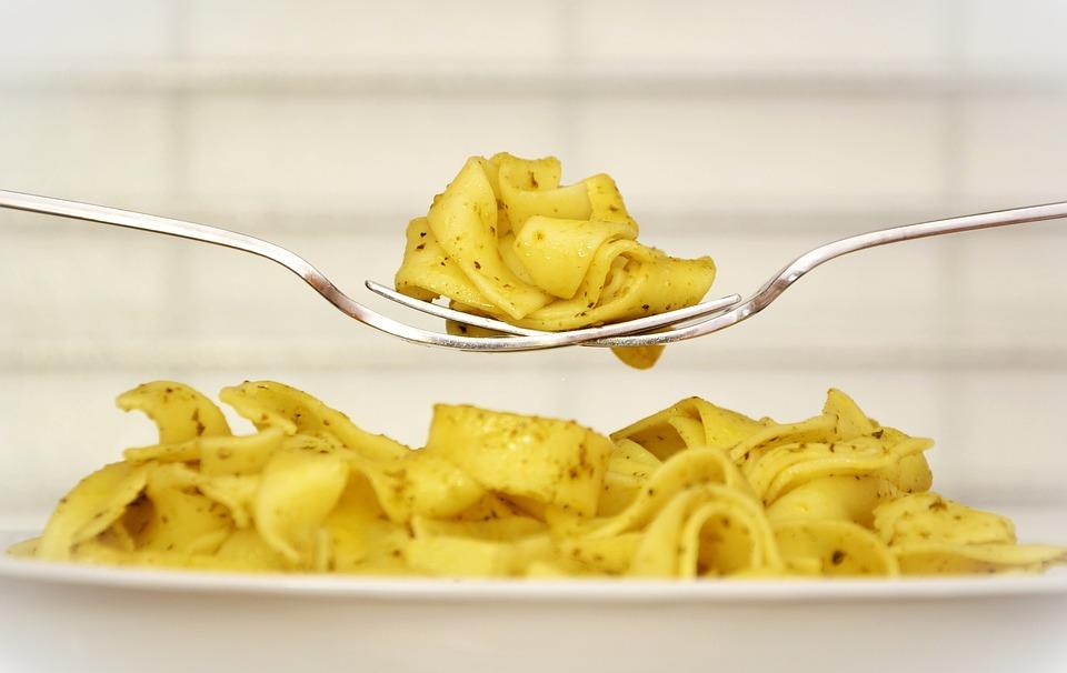 Pasta, Tagliatelle, Piastra, Mangiare, Pranzo, carboidrati insulinici
