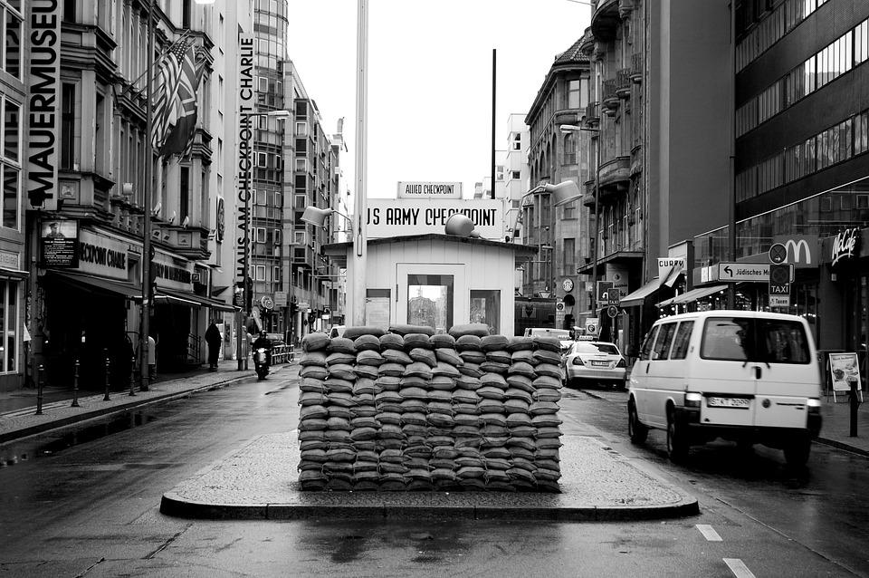 Berlino, Bianco E Nero, Guerra Fredda, Parete