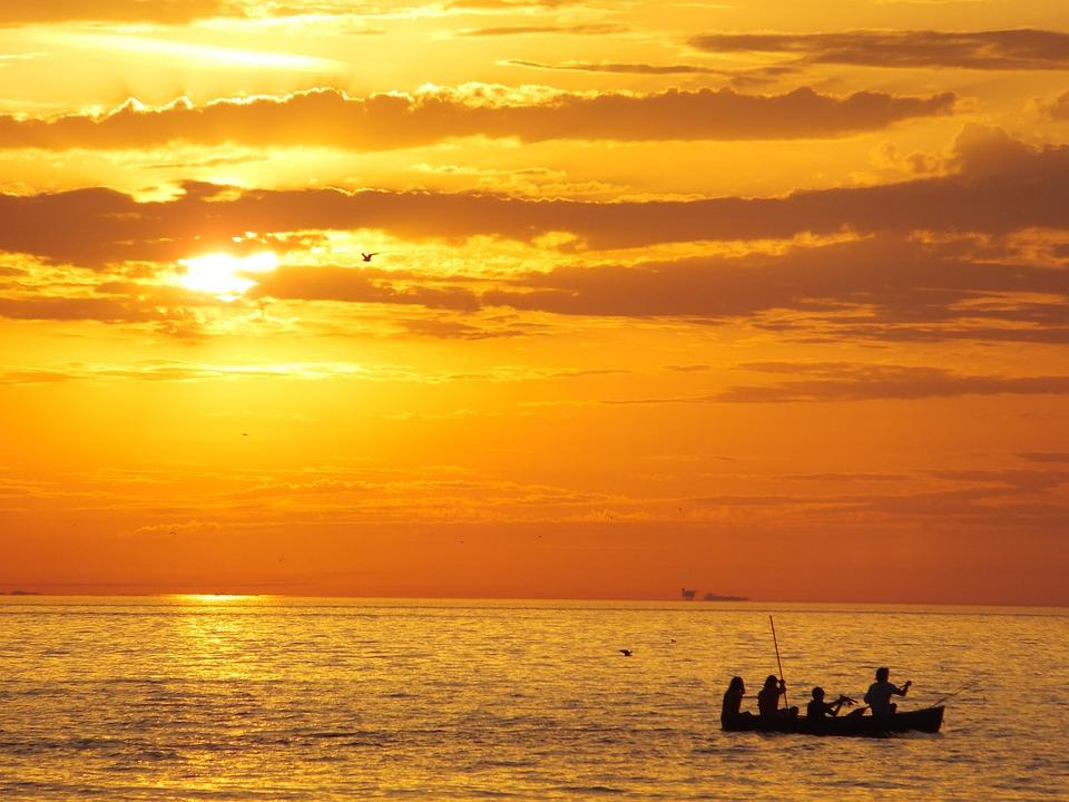 太阳, 日落, 橙色, 落山的太阳, 景观, 性质, 水, 海, 船, 独木舟, 地