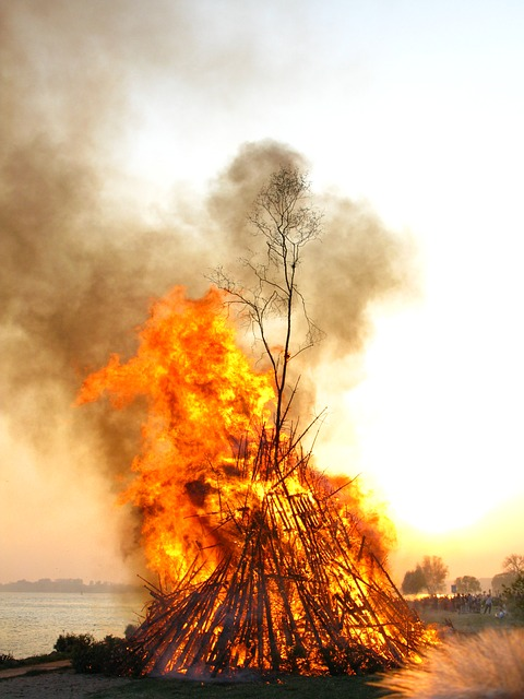 Free photo: Easter Fire, Elbe, Fire - Free Image on ...