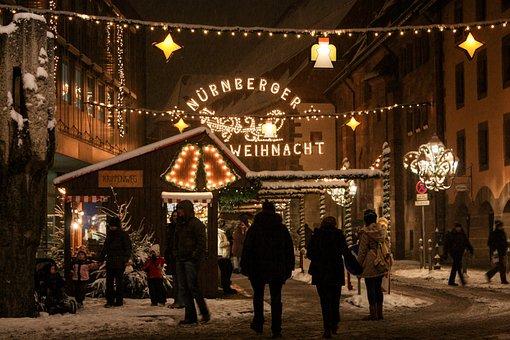 Eingang des Nürnberger Weihnachtsmarktes