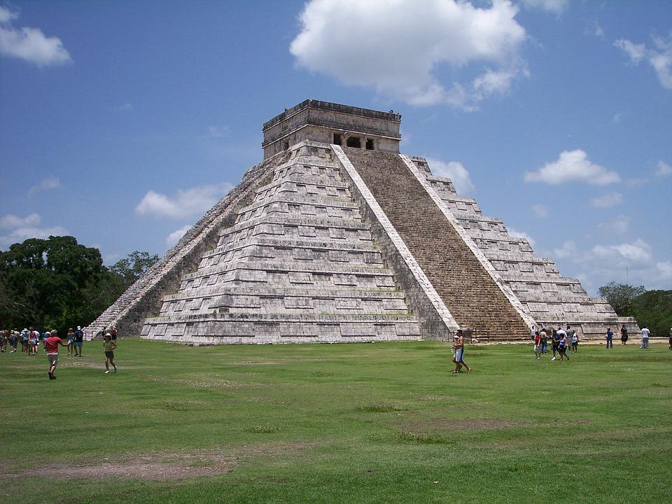 Chichen Itza, Mayan Ruins of the Gods