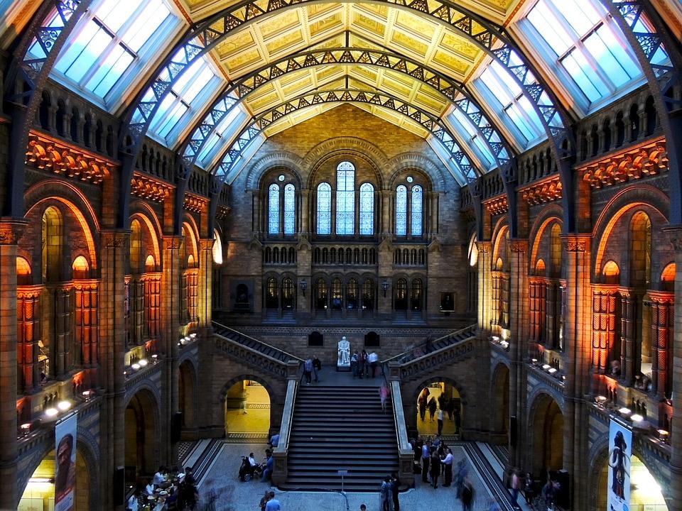 Musée D'Histoire Naturelle, Londres, L'Architecture